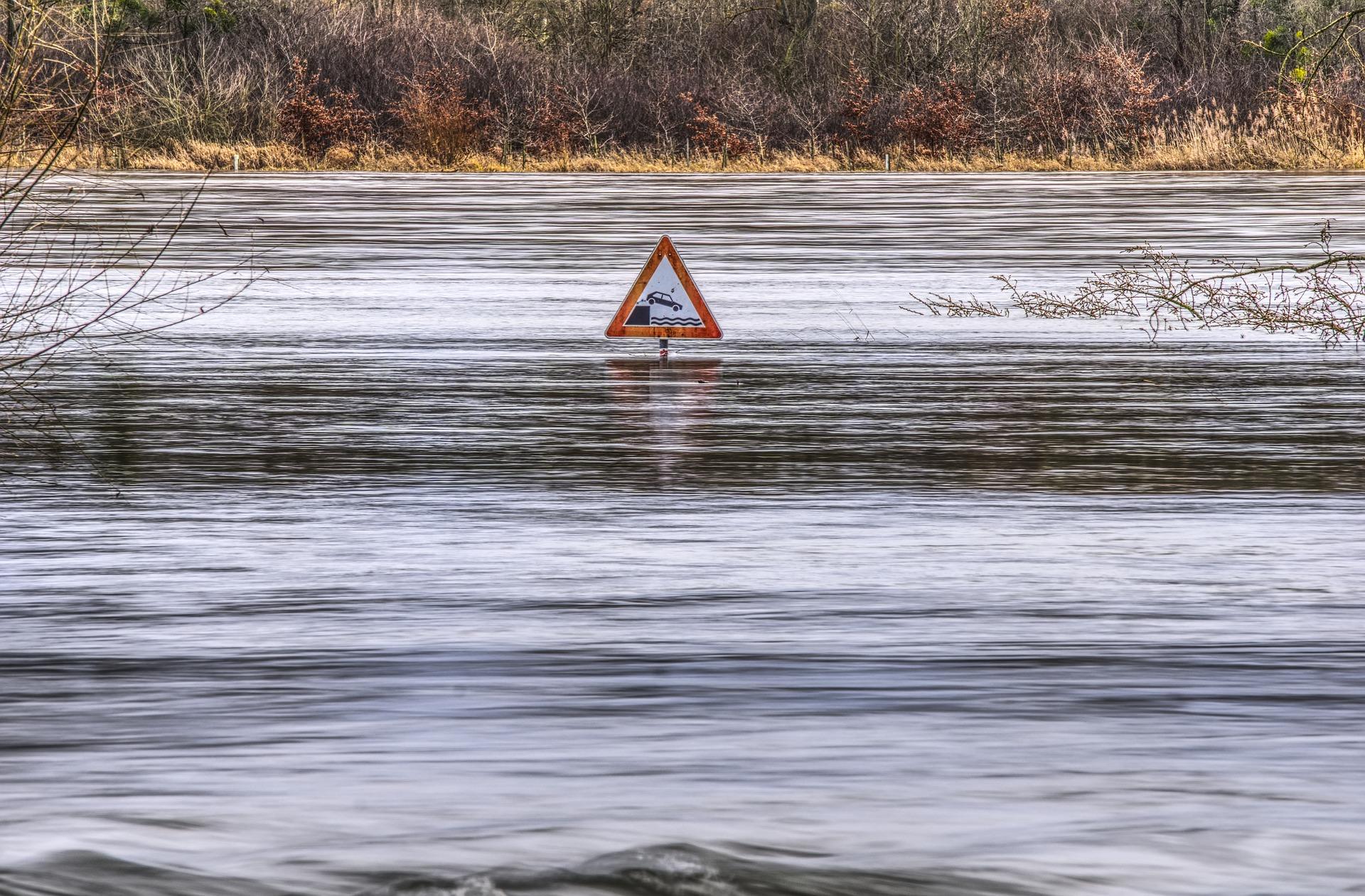 Los Socialistas criticamos la desidia y la falta de previsión del Gobierno de Navarra para evitar los daños que ocasionan las inundaciones